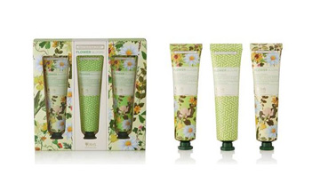 Heathcote & Ivory collaborates with The Royal Horticultural Society for Daisy Garland collection