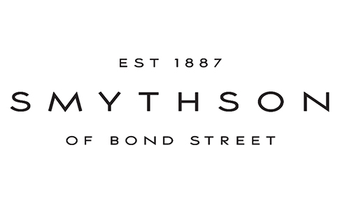 Smythson appoints Caroline Comms