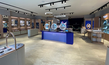 Swarovski opens UK Crystal Studio
